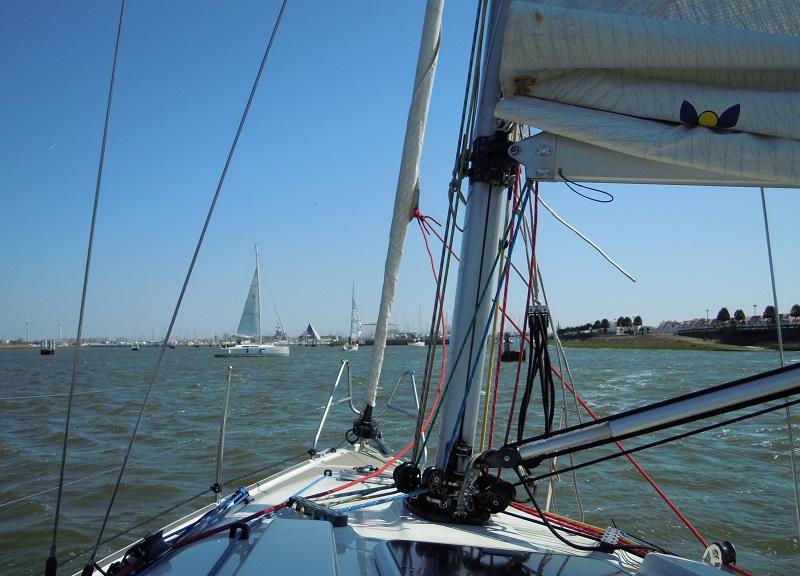 choisir un emplacement adapté à la taille du bateau et à son tirant d'eau