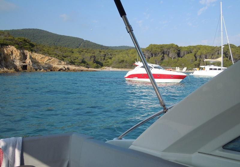 un bon mouillage, c'est aussi l'assurance vie du bateau