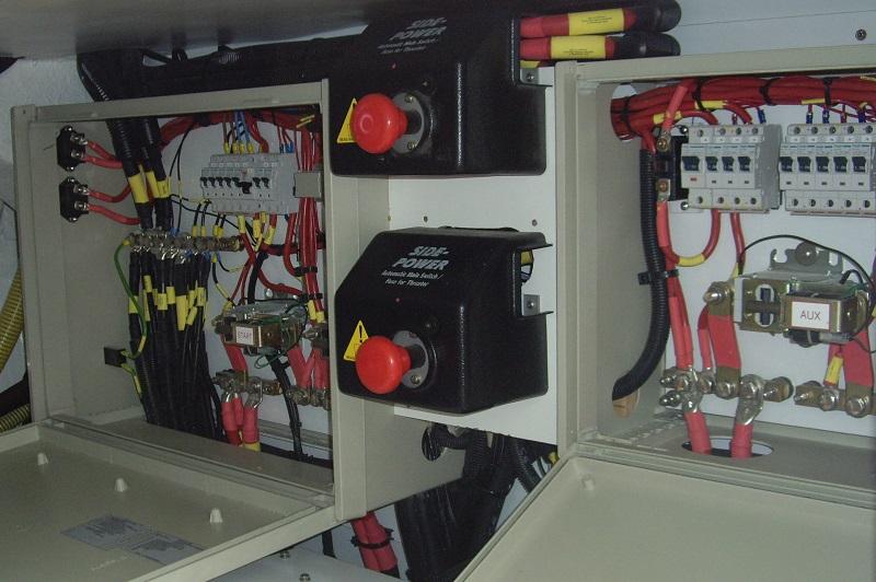 expertise maritime circuit électrique vedette d'occasion